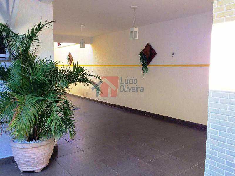 23 Lateral quintal - Magnífica Residência, 3qtos(sendo 1 suíte). Ac. Financiamento - VPCA30124 - 25