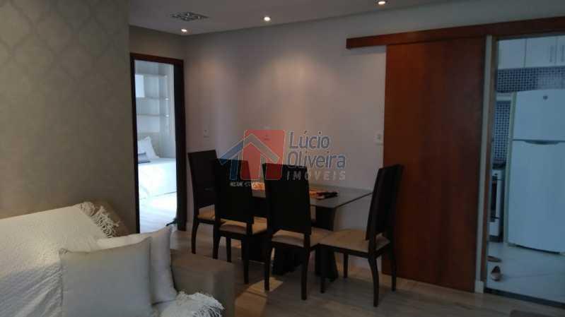 3-Sala. - Apartamento, todo reformado e decorado, 2qtos. - VPAP20996 - 4