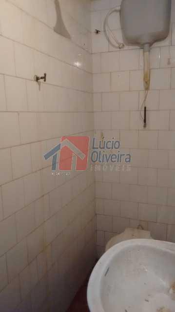 19 Banheiro serviço - Casa à venda Rua Tejupa,Vila da Penha, Rio de Janeiro - R$ 960.000 - VPCA30129 - 20