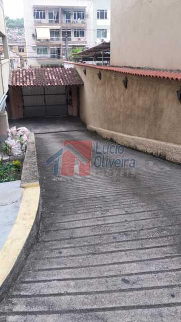 13-Entrada da Garagem. - Apartamento À Venda - Vila Kosmos - Rio de Janeiro - RJ - VPAP21023 - 14