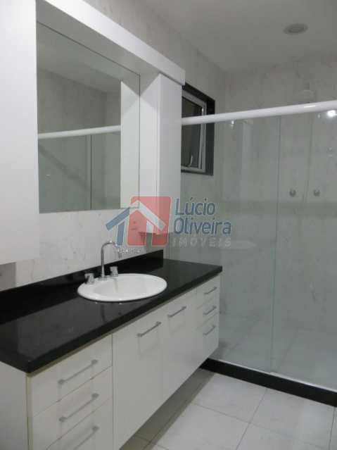 12- Banheiro social suite. - Residência de Luxo em Condomínio fechado. - VPCA40039 - 16