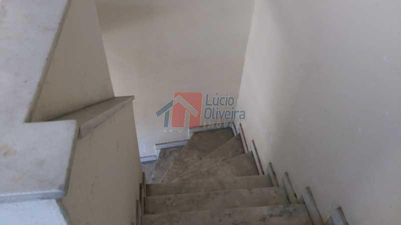 21 escada p terraço - Casa 5 quartos à venda Vaz Lobo, Rio de Janeiro - R$ 470.000 - VPCA50014 - 26