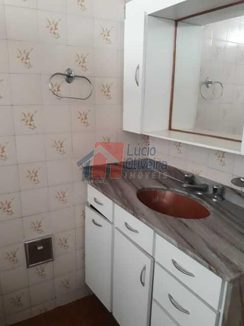 12-Banheiro armários - Apartamento tipo Casa 3 qtos. Aceita Financiamento. - VPAP30247 - 13