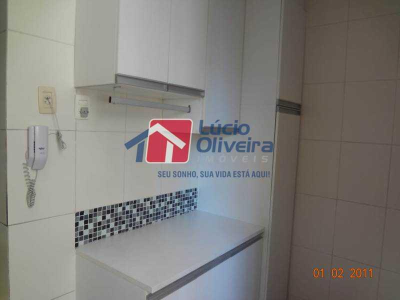 12-Cozinha... - Impecável Apartamento 2 quartos. Ac. Financiamento. - VPAP21074 - 13