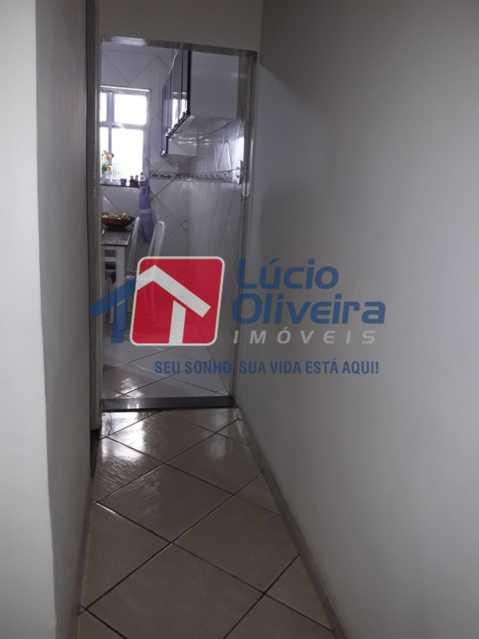 11-Circulação - Casa a venda 2 suítes. - VPCA20199 - 13