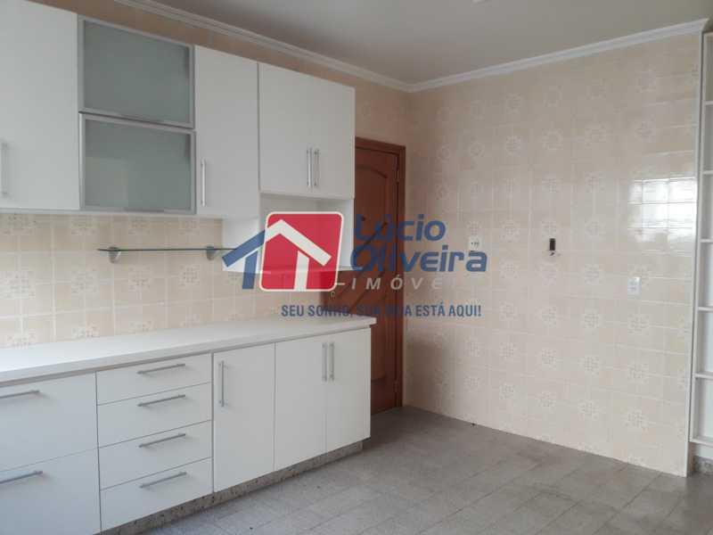 15-Cozinha e entrada serviço  - Apartamento À Venda - Vila da Penha - Rio de Janeiro - RJ - VPAP21103 - 16