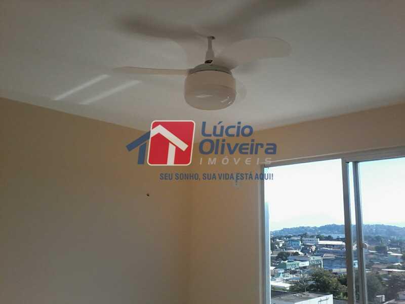 3-Sala Detalhes teto - Apartamento À Venda - Rocha Miranda - Rio de Janeiro - RJ - VPAP21104 - 4
