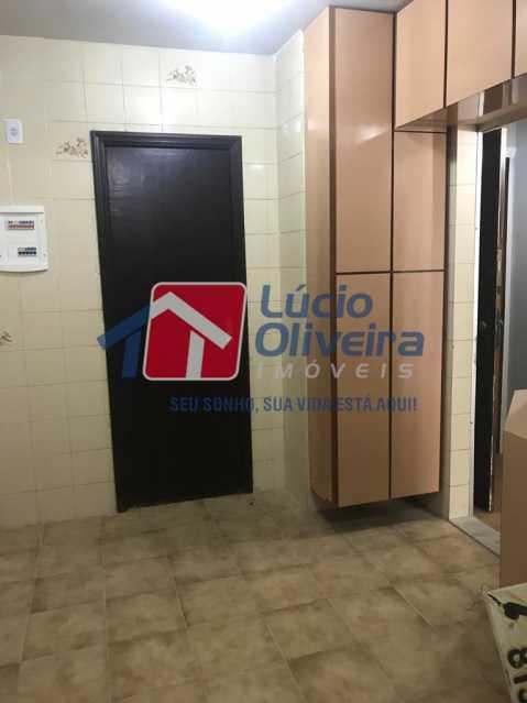 7-cozinha com armarios. - Apartamento Rua Vaz de Toledo,Méier, Rio de Janeiro, RJ Para Venda e Aluguel, 2 Quartos, 62m² - VPAP21109 - 8