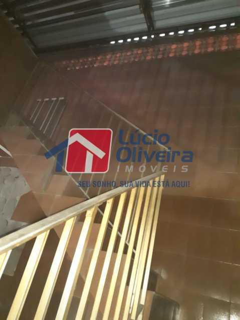 15 escada para o terraço. - Apartamento À Venda - Ramos - Rio de Janeiro - RJ - VPAP30267 - 16