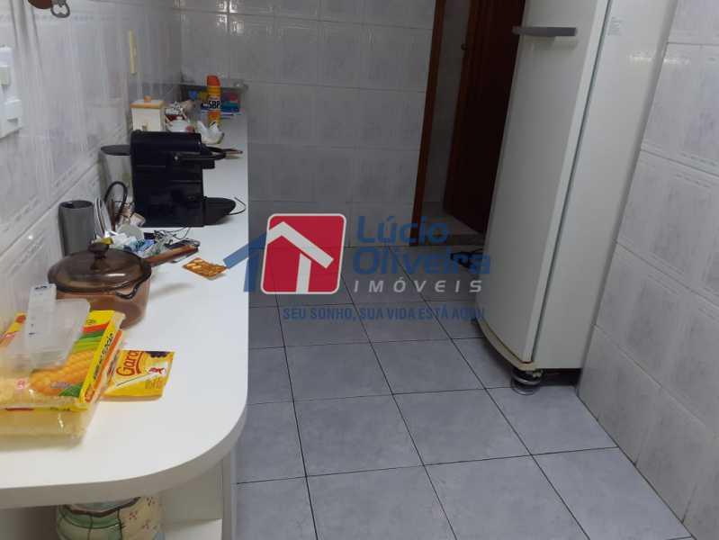 9 cozinha. - Casa à venda Avenida São Félix,Vista Alegre, Rio de Janeiro - R$ 990.000 - VPCA30154 - 10