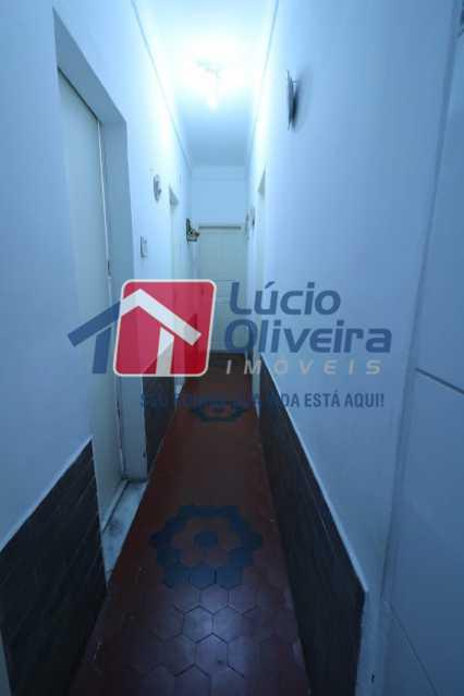 03- Circulação - Casa À Venda - Irajá - Rio de Janeiro - RJ - VPCA30155 - 4