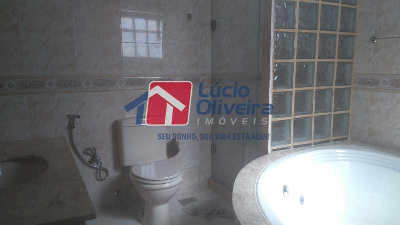 13 Banheiro com hidro - Casa à venda Rua Paranapanema,Olaria, Rio de Janeiro - R$ 750.000 - VPCA60003 - 16