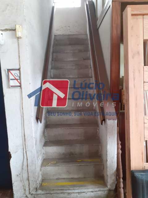 9 escada 2 piso. - Galpão À Venda - Vila da Penha - Rio de Janeiro - RJ - VPGA00011 - 10