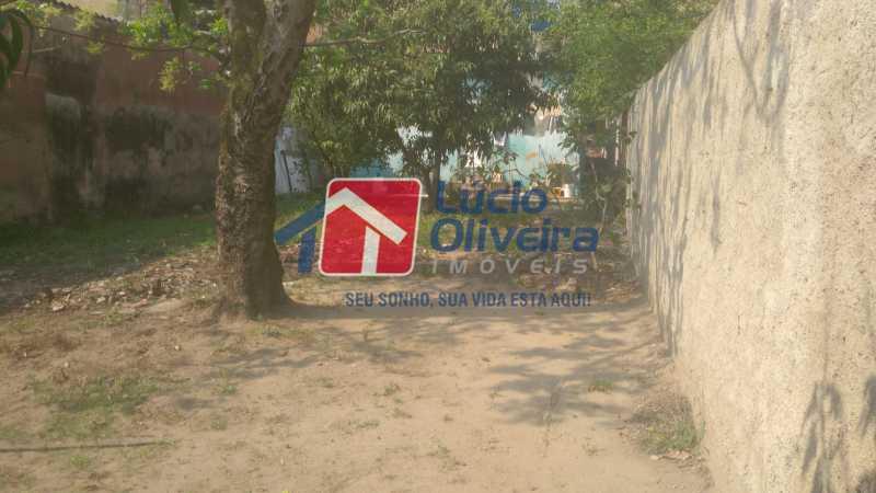 16 Area externa atrás da casa - Casa À Venda - Vaz Lobo - Rio de Janeiro - RJ - VPCA30161 - 18