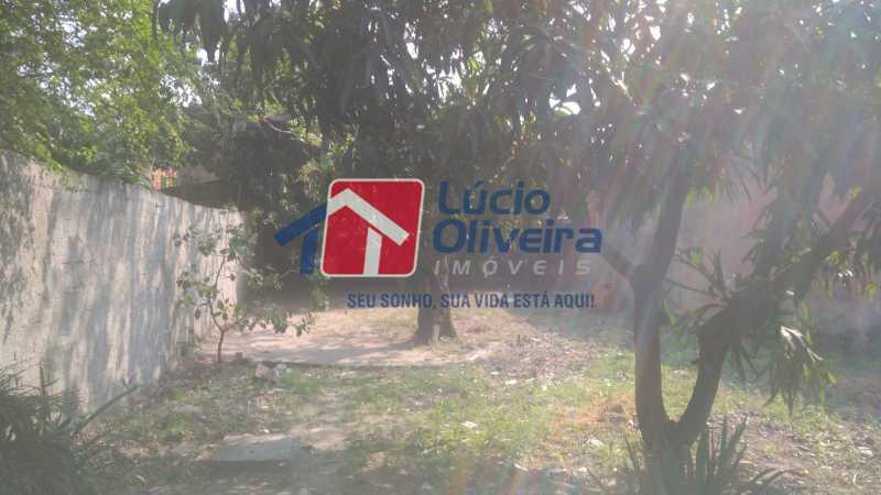 17 Area externa atrás da casa - Casa À Venda - Vaz Lobo - Rio de Janeiro - RJ - VPCA30161 - 19