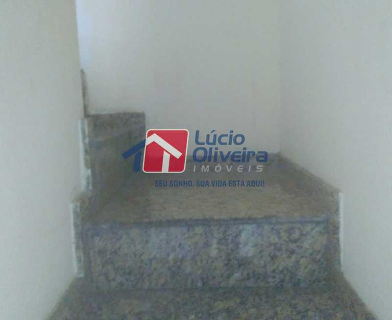 12 Escada em ma´rmore, acesso - Casa À Venda - Braz de Pina - Rio de Janeiro - RJ - VPCA20236 - 13