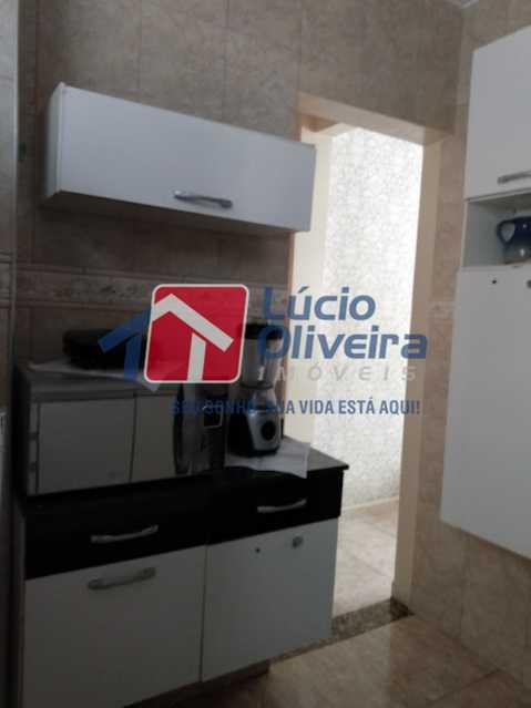 10-Cozinha armários - Apartamento Tomás Coelho, Rio de Janeiro, RJ À Venda, 2 Quartos, 51m² - VPAP21195 - 11