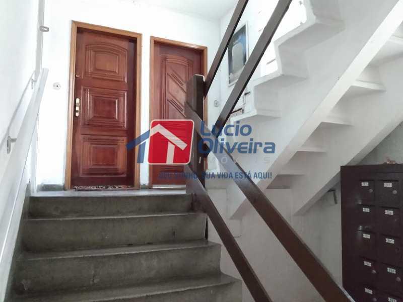 18-Acesso ao apt 1 lance escad - Apartamento Tomás Coelho, Rio de Janeiro, RJ À Venda, 2 Quartos, 51m² - VPAP21195 - 19