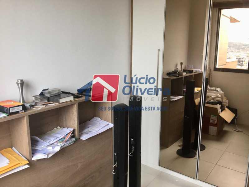 9 quarto. - Apartamento Avenida Oliveira Belo,Vila da Penha,Rio de Janeiro,RJ À Venda,3 Quartos,173m² - VPAP30291 - 10