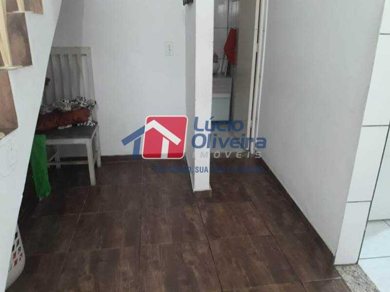 4-Sala circulação - Casa de Vila à venda Rua Lima Drumond,Vaz Lobo, Rio de Janeiro - R$ 190.000 - VPCV30015 - 6