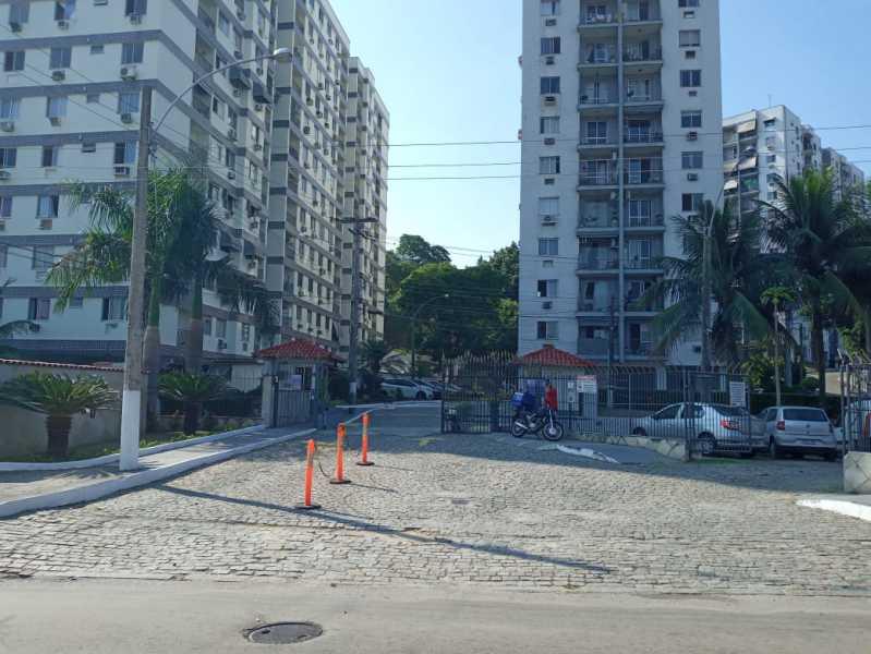 Vista externa condominio - Apartamento à venda Estrada Padre Roser,Vila da Penha, Rio de Janeiro - R$ 280.000 - VPAP21273 - 21