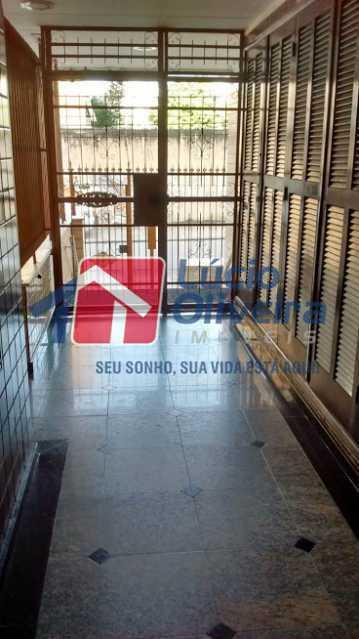 13- Entrada Predio - Apartamento à venda Rua Irutim,Penha Circular, Rio de Janeiro - R$ 260.000 - VPAP21306 - 14