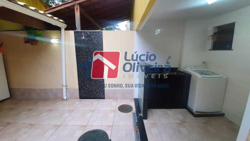 16 Quintal-Área de serviço. - Apartamento Avenida Pastor Martin Luther King Jr,Inhaúma, Rio de Janeiro, RJ À Venda, 2 Quartos, 81m² - VPAP21320 - 17
