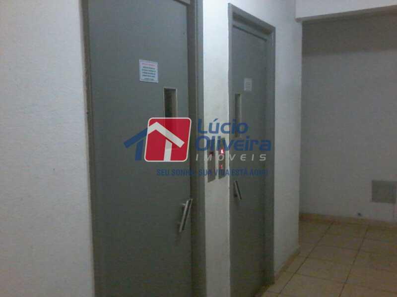 7- Elevadores - Apartamento à venda Rua Dionísio,Penha, Rio de Janeiro - R$ 250.000 - VPAP21322 - 8