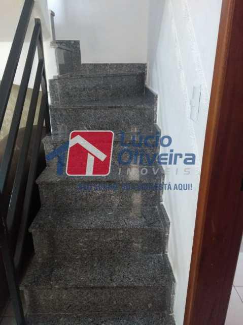 6 escada. - Casa de Vila à venda Rua Barão de Melgaço,Cordovil, Rio de Janeiro - R$ 260.000 - VPCV20055 - 7