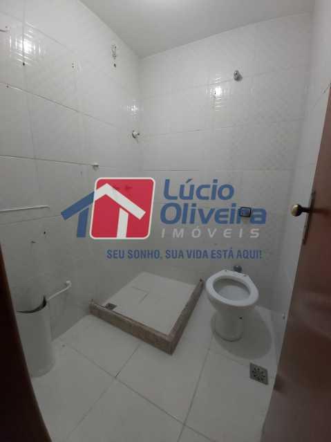 12-Banheiro suite - Casa de Vila À Venda Rua Cândido de Figueiredo,Tanque, Rio de Janeiro - R$ 339.000 - VPCV30018 - 13
