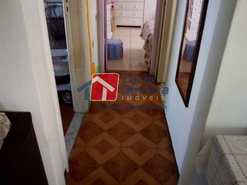 04- Circulação. - Casa à venda Rua Marambaia,Irajá, Rio de Janeiro - R$ 300.000 - VPCA20266 - 5
