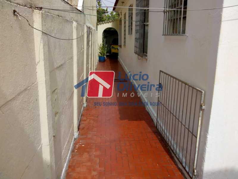 20 - Circulação Interna. - Casa à venda Rua Marambaia,Irajá, Rio de Janeiro - R$ 300.000 - VPCA20266 - 21
