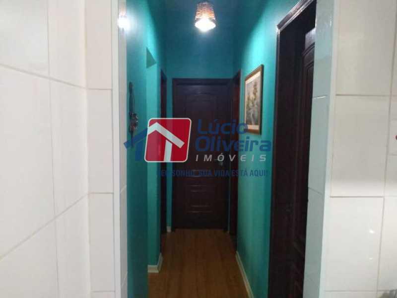 13- Circulação - Apartamento à venda Rua Mário Barbedo,Vila Valqueire, Rio de Janeiro - R$ 230.000 - VPAP21447 - 14