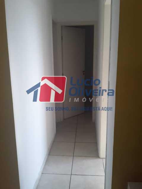 09 - Circulação - Apartamento à venda Estrada João Paulo,Honório Gurgel, Rio de Janeiro - R$ 165.000 - VPAP21461 - 10