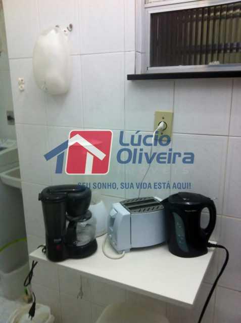 12-Cozinha - Apartamento à venda Avenida Nossa Senhora de Copacabana,Copacabana, Rio de Janeiro - R$ 365.000 - VPAP10157 - 13