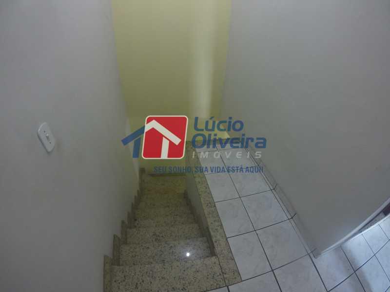 11- Escada Acesso 2°ar - Casa à venda Rua Tarira,Vicente de Carvalho, Rio de Janeiro - R$ 1.365.000 - VPCA50032 - 12