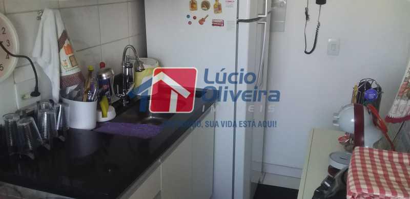 12 - Cozinha - Apartamento à venda Estrada Coronel Vieira,Irajá, Rio de Janeiro - R$ 220.000 - VPAP21488 - 13