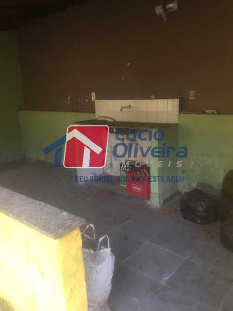 23-AREA COBERTA FUNDOS - Casa à venda Estrada Coronel Vieira,Irajá, Rio de Janeiro - R$ 750.000 - VPCA40067 - 24