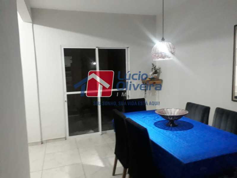 2 SALA - Casa de Vila à venda Rua Professor Lace,Ramos, Rio de Janeiro - R$ 380.000 - VPCV30027 - 3