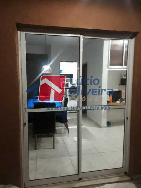 3 SALA - Casa de Vila à venda Rua Professor Lace,Ramos, Rio de Janeiro - R$ 380.000 - VPCV30027 - 4