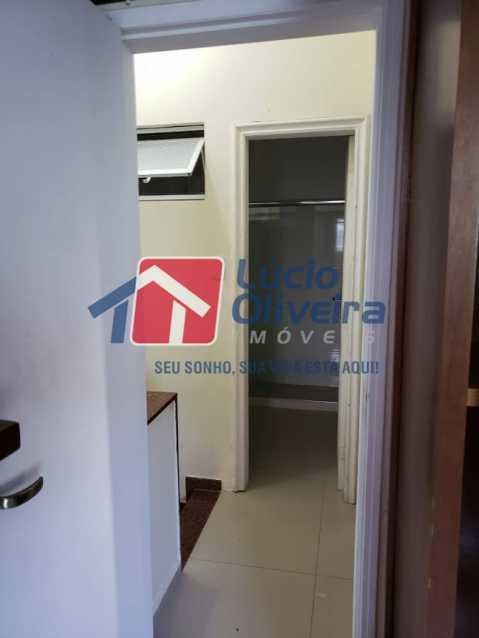 17- Circulação - Casa em Condomínio à venda Rua Monte Pascoal,Cachambi, Rio de Janeiro - R$ 510.000 - VPCN30014 - 18