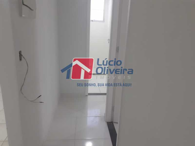07- circulação - Apartamento à venda Rua Moacir de Almeida,Tomás Coelho, Rio de Janeiro - R$ 175.000 - VPAP21580 - 8