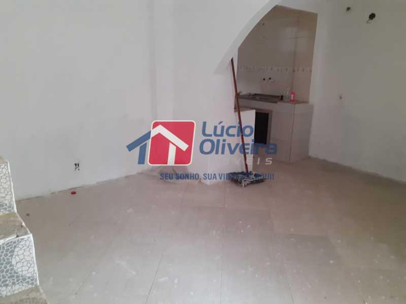 01- Sala - Casa de Vila à venda Rua Doutor Noguchi,Ramos, Rio de Janeiro - R$ 195.000 - VPCV30028 - 1