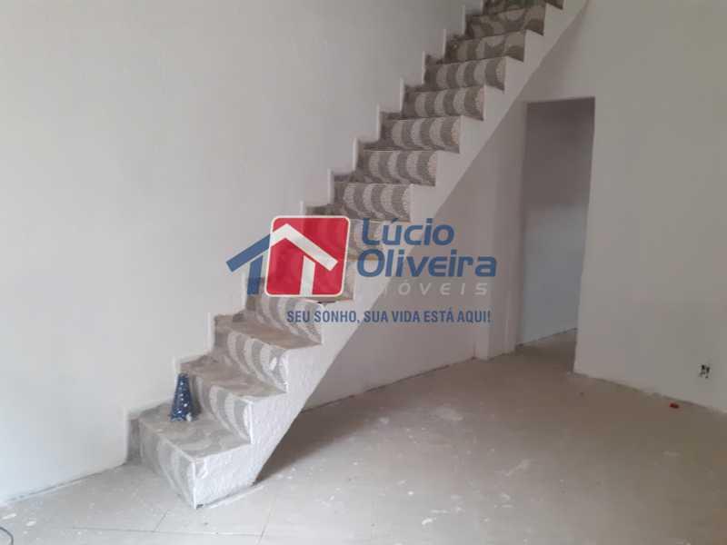 03- Sala - Casa de Vila à venda Rua Doutor Noguchi,Ramos, Rio de Janeiro - R$ 195.000 - VPCV30028 - 4
