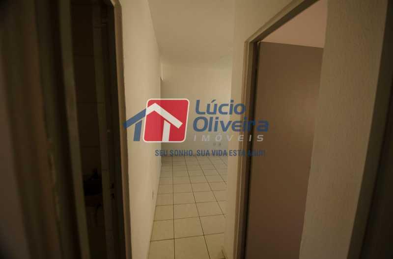 9-corredor - Apartamento à venda Avenida Pastor Martin Luther King Jr,Tomás Coelho, Rio de Janeiro - R$ 135.000 - VPAP21655 - 10