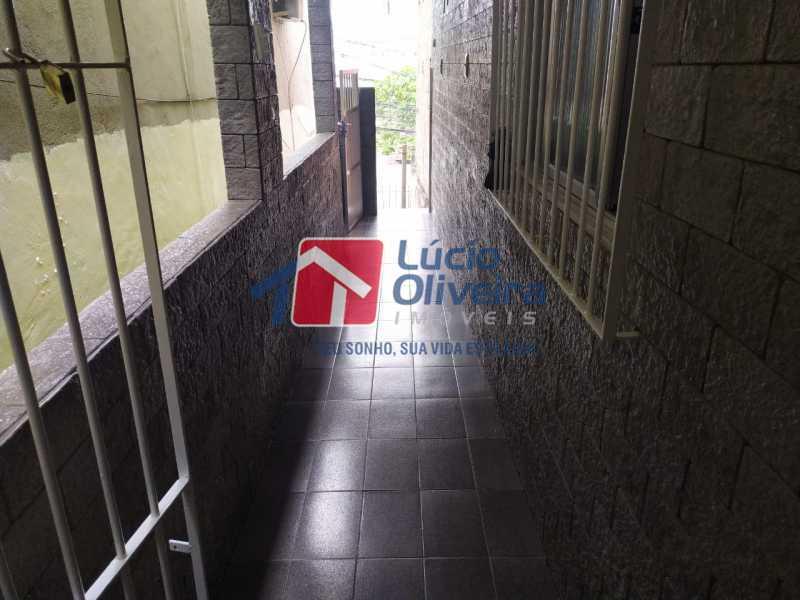Corredde entrada - Casa à venda Rua Cônego Boucher Pinto,Honório Gurgel, Rio de Janeiro - R$ 220.000 - VPCA20312 - 31