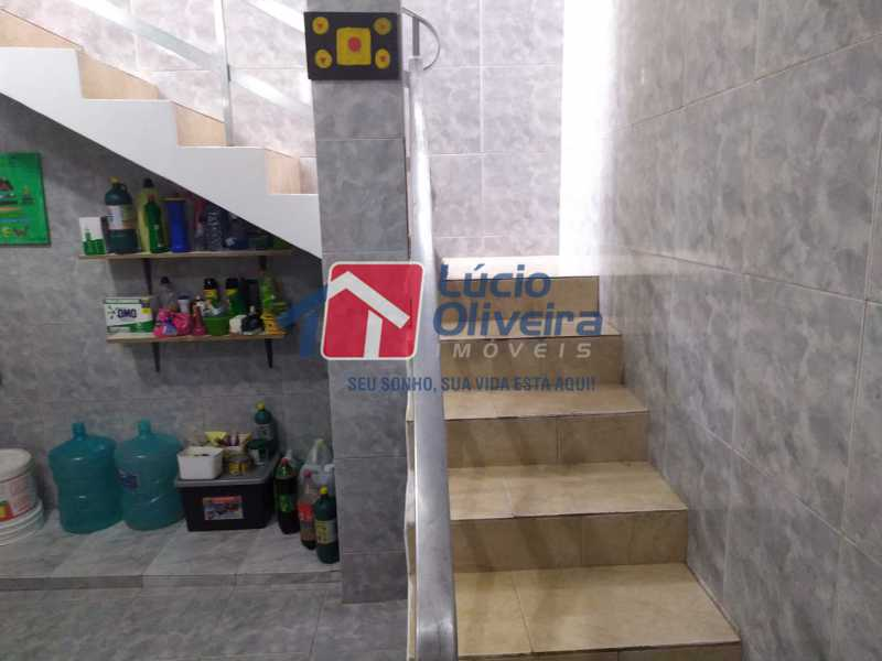 Escada para terraço - Casa à venda Rua Cônego Boucher Pinto,Honório Gurgel, Rio de Janeiro - R$ 220.000 - VPCA20312 - 17