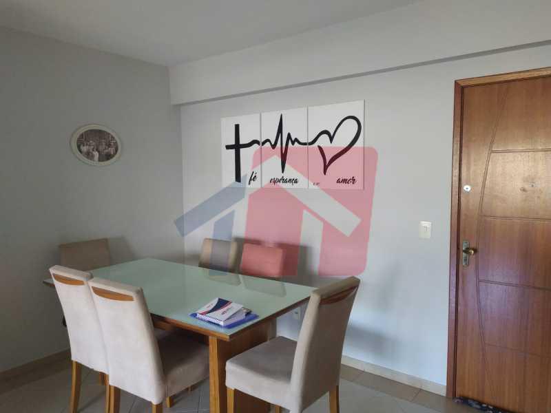 Sala... - Sintuoso apartamento junto ao polo gastronômico de Vista Alegre, um maravilhoso imóvel composto por varandão em toda a extensão do imóvel , sala ampla de estar e jantar, , três quartos sendo uma súite, banheiro sociall com armário e blindex, copa-cozinha - VPAP30433 - 5