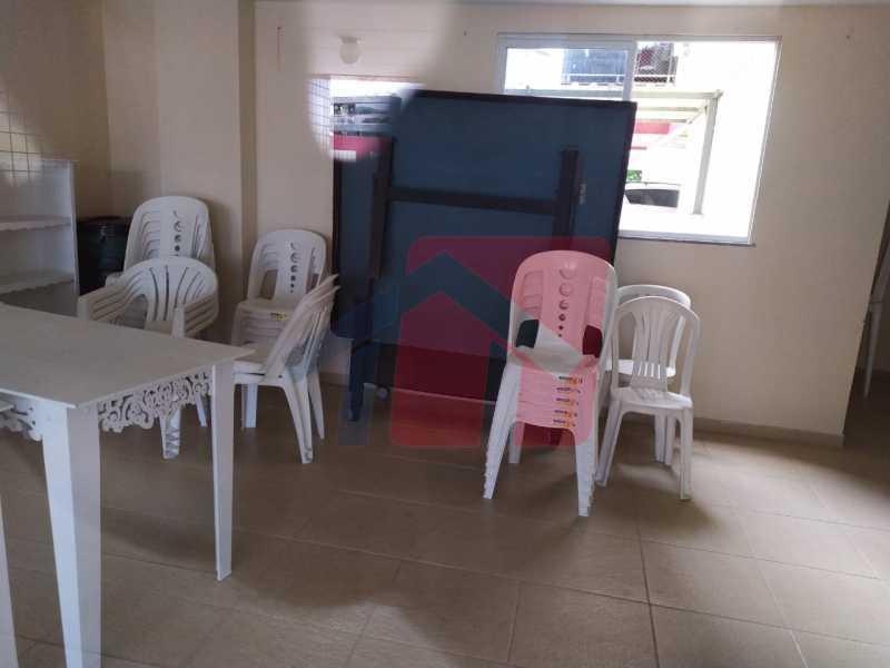 Salão de festas - Sintuoso apartamento junto ao polo gastronômico de Vista Alegre, um maravilhoso imóvel composto por varandão em toda a extensão do imóvel , sala ampla de estar e jantar, , três quartos sendo uma súite, banheiro sociall com armário e blindex, copa-cozinha - VPAP30433 - 29