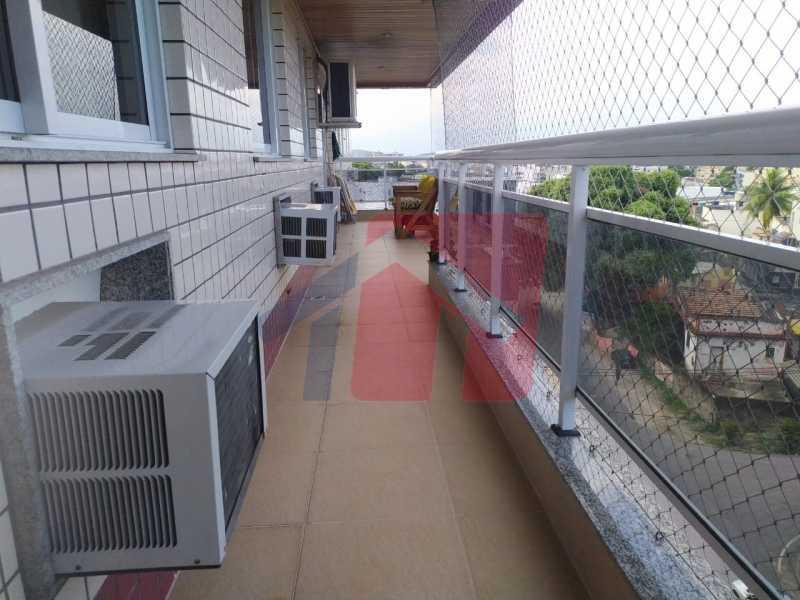 Varandão - Sintuoso apartamento junto ao polo gastronômico de Vista Alegre, um maravilhoso imóvel composto por varandão em toda a extensão do imóvel , sala ampla de estar e jantar, , três quartos sendo uma súite, banheiro sociall com armário e blindex, copa-cozinha - VPAP30433 - 7